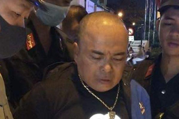 Người đàn ông đầu trọc mua 28 triệu đồng ma túy đá về sử dụng bị bắt