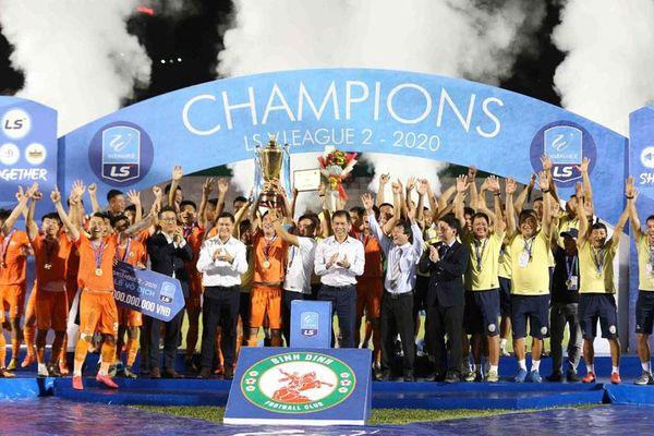 Quảng Nam xuống hạng, Bình Định vô địch giải hạng Nhất
