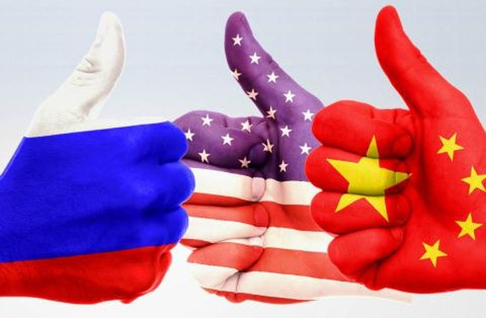 传统冷战、新冷战与当前中美俄关系