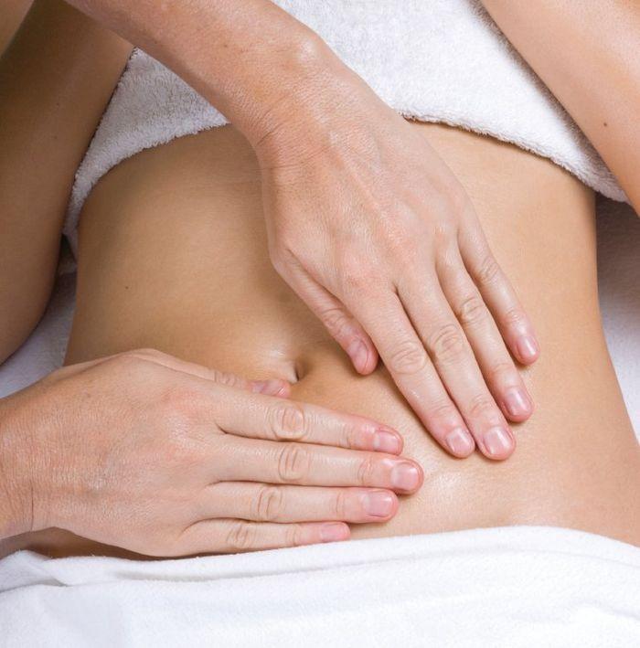 Người bệnh sau phẫu thuật cần được massage vùng bụng để quá trình tiêu hóa chóng ổn định