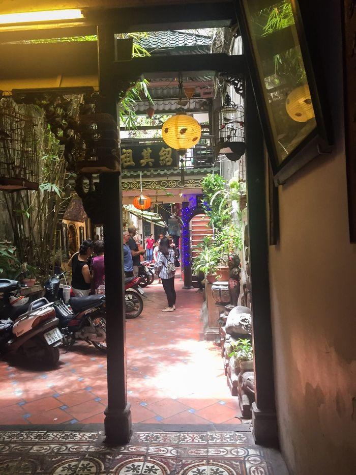 Cùng ngắm hồ gươm từ café phố cổ tuyệt đẹp