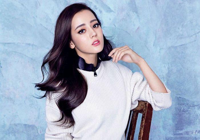 Địch Lệ Nhiệt Ba. Nữ diễn viên dân tộc Duy Ngô Nhĩ, Trung Quốc. Mỹ nhân  sinh năm 1992 xuất hiện lần đầu tiên trên màn ảnh nhỏ vào năm 2013 trong bộ  phim ...