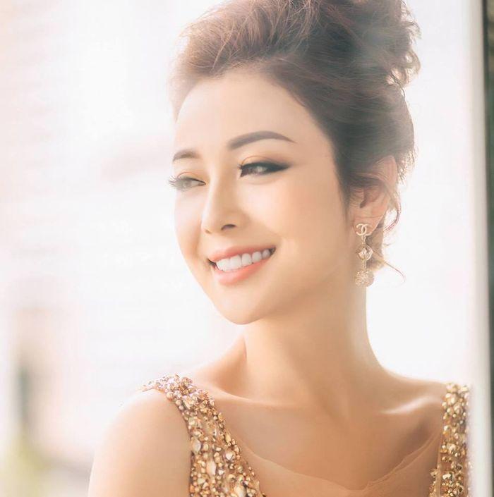 HH Jennifer Pham lai 'gay thuong nho' nho vay xuyen thau mong nhu suong
