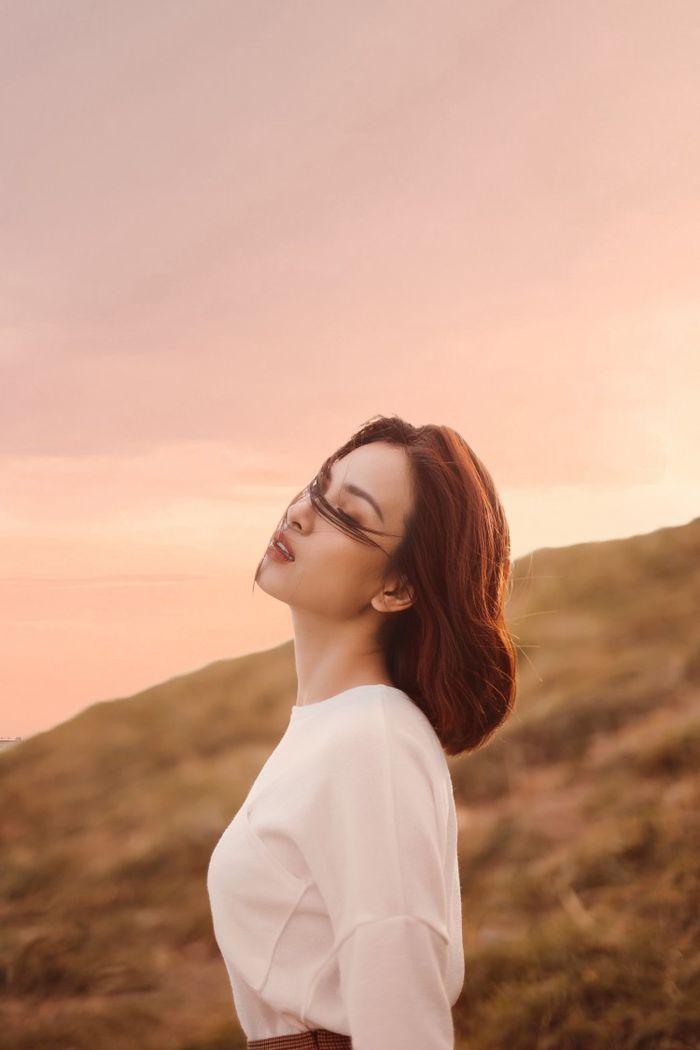 Sau hơn một năm vắng bóng, Ái Phương tung teaser sản phẩm hứa hẹn gây 'sốt' trên diện rộng