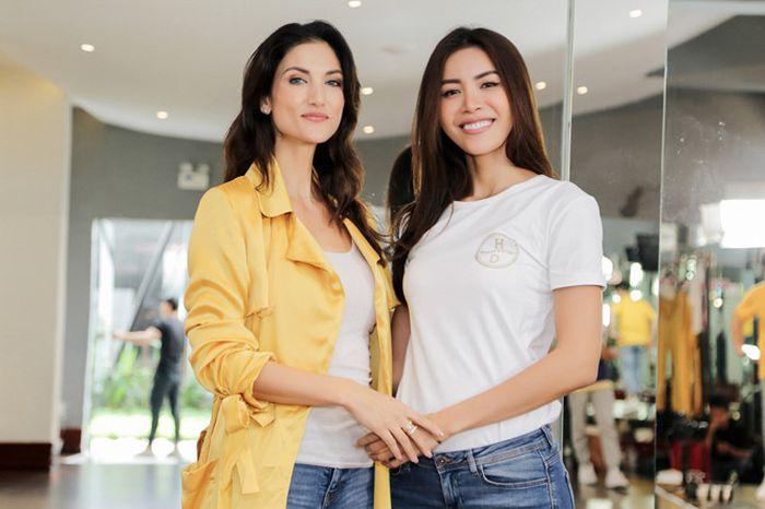 Minh Tú nhờ Siêu mẫu Quốc tế Cindy Bishop dạy cách tạo dáng và biểu cảm 'chuẩn Hoa hậu'