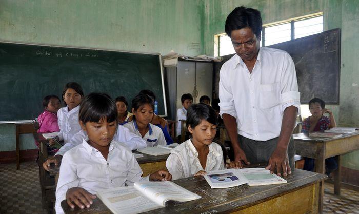Báo CAĐN: Tây Nguyên nỗ lực giải quyết bài toán thiếu giáo viên