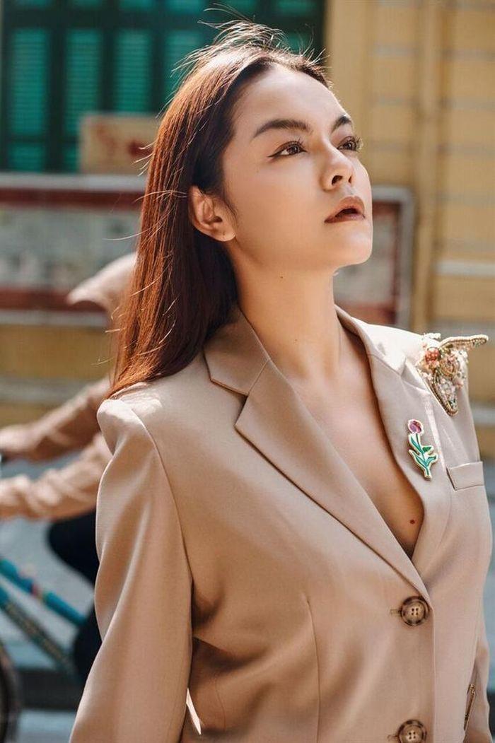 Phạm Quỳnh Anh quả đúng là 'đẹp nhất khi không thuộc về ai'