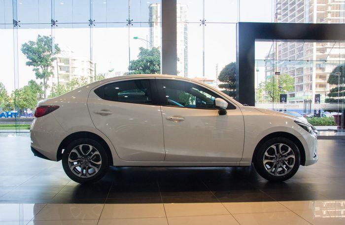 Doanh số bán xe tăng mạnh, mazda CX-5 giảm 30 triệu đồng