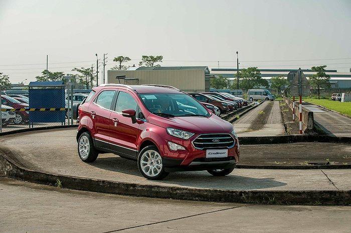 Đổ xô mua xe chơi tết, Ford Việt Nam công bố doanh số bán lẻ kỉ lục