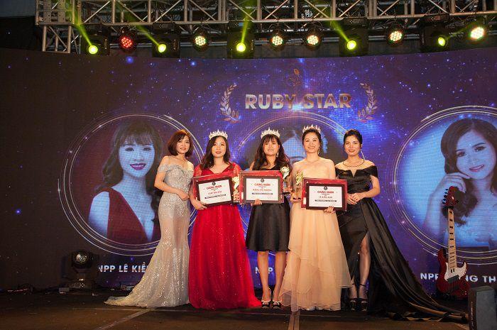 Ruby Star Giáp Hải Yến - Đặng Thị Hương - Lê Kiều Anh