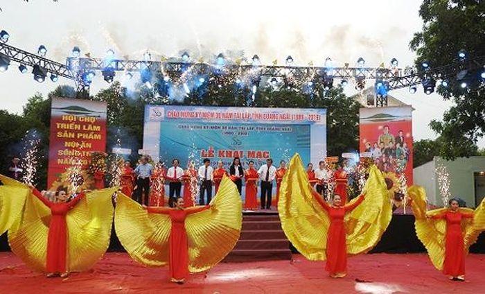 Báo KTĐT: Quảng Ngãi: Khai mạc Hội chợ triển lãm núi Ấn sông Trà