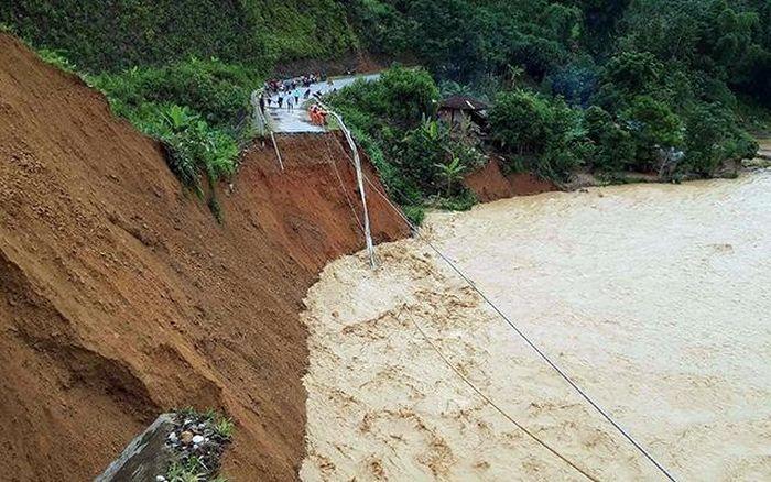Báo Nhân Dân: Lũ quét, sét đánh gây thiệt hại nặng tại các tỉnh Lào Cai, Lai Châu, Hà Giang