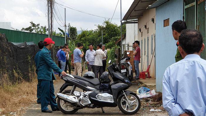 Báo SGGP: Chồng giết vợ rồi đến trụ sở công an đầu thú