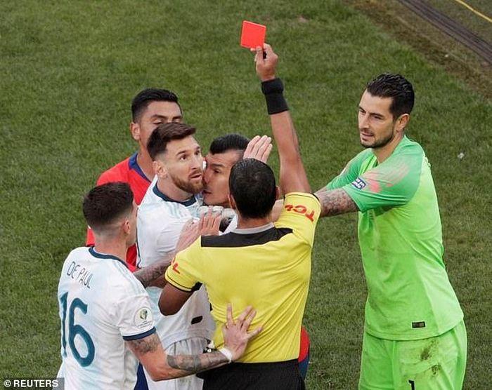 Xem lại trận Argentina vs Chile diễn ra lúc 2h00 ngày 7/7/2019, tranh hạng ba Copa America 2019.