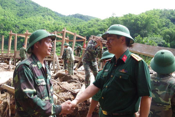 đoan Cong Tac Bộ Quốc Phong Kiểm Tra Cong Tac Khắc Phục Hậu Quả Sau Mưa Lũ Tại Thanh Hoa Bao Bien Phong