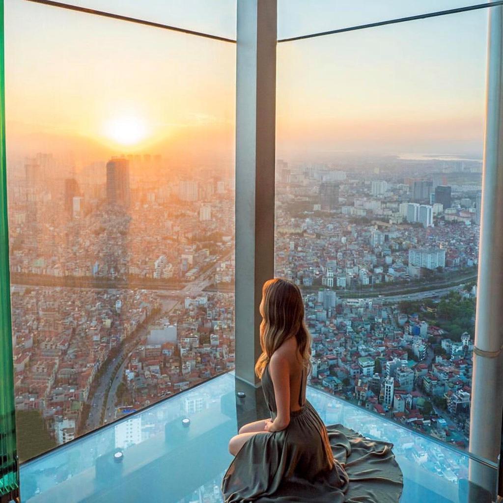 Ngắm trọn thành phố tại những nhà hàng sang chảnh trên tầng cao