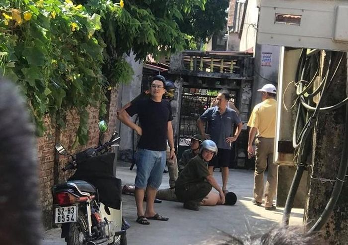 Hưng Yên: Ông lão 90 tuổi bị hàng xóm chém tử vong