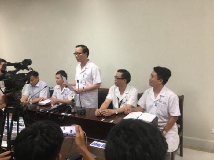 Bắc Ninh: Bé trai 3 tuổi bỏ quên trên xe đưa đón bị suy hô hấp do sốc nhiệt