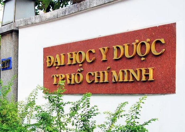Đại học Y Dược TP HCM bị yêu cầu sớm đổi tên thành Đại học Khoa học Sức khỏe TP HCM.