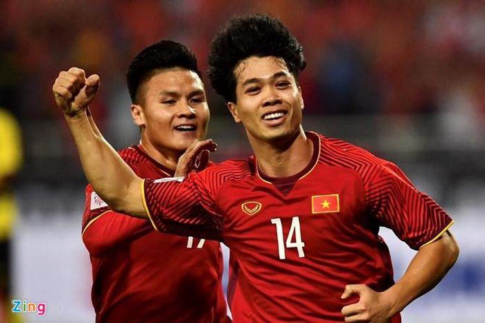 Ultras Malaysia tụ tập 5 tiếng trước trận gặp tuyển Việt Nam