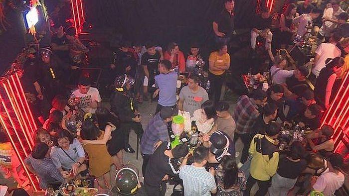Phát hiện 88 thanh niên dương tính với ma túy tại các cơ sở bar và karaoke