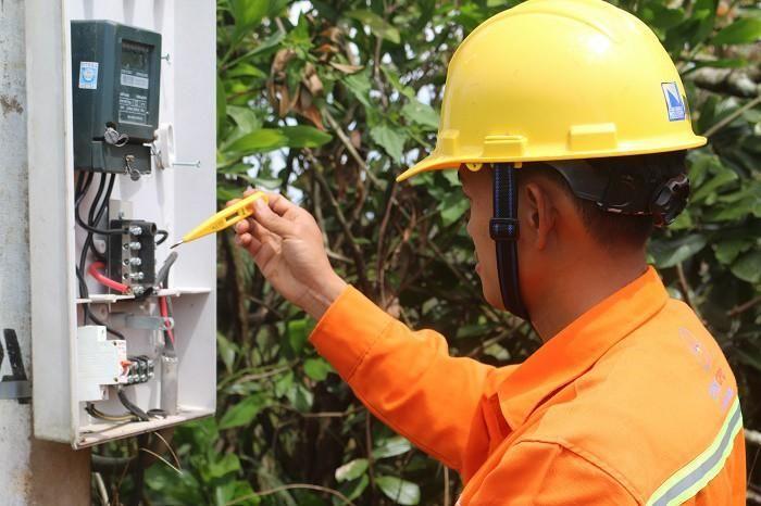 Công ty Điện lực Đắk Nông nỗ lực đáp ứng nhu cầu sử dụng điện của người dân