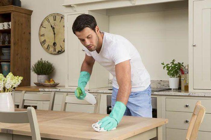 7 cách vệ sinh, khử khuẩn tại gia đình phòng dịch COVID-19