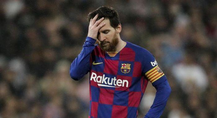 Vì sao Barca muốn cắt 70% lương Messi và đồng đội?