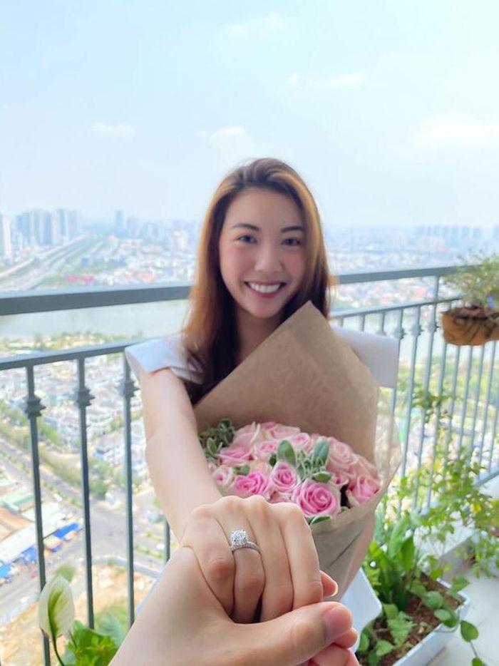 Á hậu Thúy Vân công khai chồng sắp cưới - doanh nhân Nhật Vũ