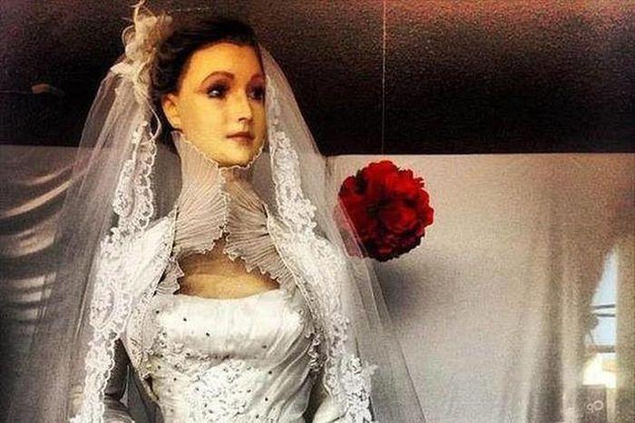 Bí ẩn về manơcanh chân thật rợn người của cửa hàng áo cưới, bị đồn là xác ướp