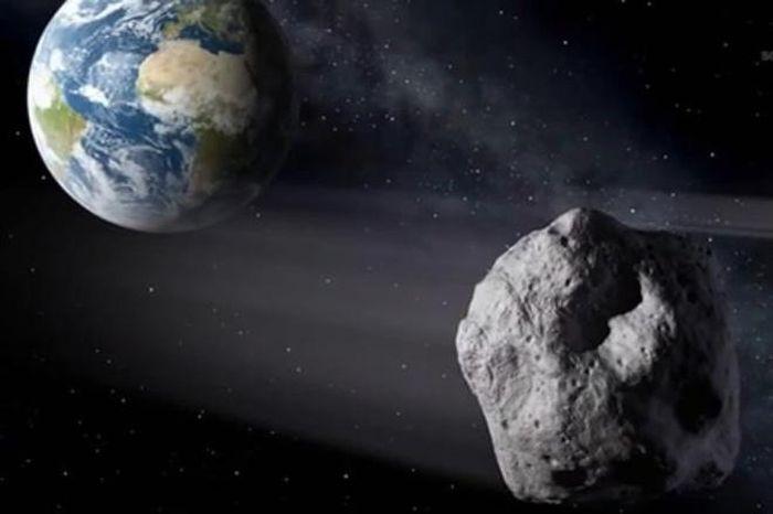 Thiên thạch lớn 'bằng ngọn núi' đang tiến đến gần Trái Đất