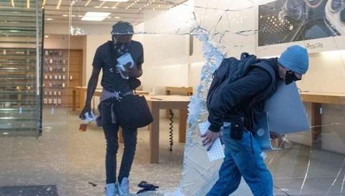 Apple vẫn 'theo dõi' các sản phẩm bị đánh cắp trong đợt biểu tình