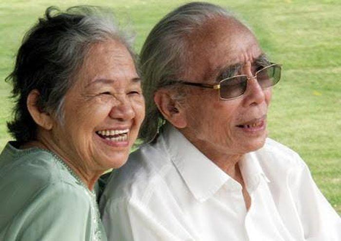 Con trai nhạc sỹ Phan Huỳnh Điểu nhắc về tình cảm hơn 60 năm sâu đậm của cha mẹ