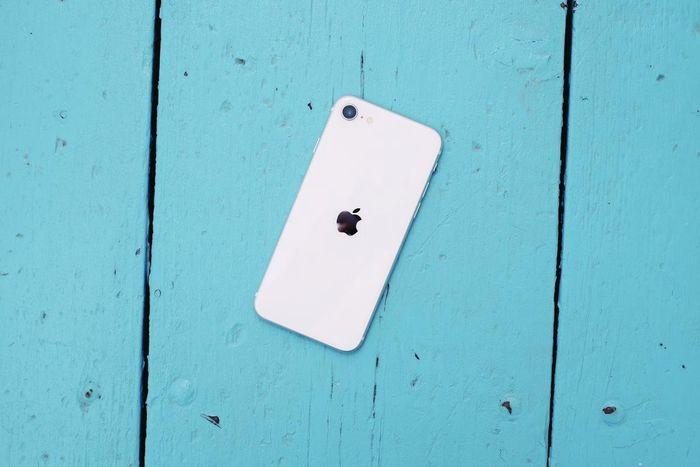 Apple chuẩn bị có thêm một mẫu iPhone siêu rẻ, giá chỉ bằng một nửa iPhone SE 2020 2