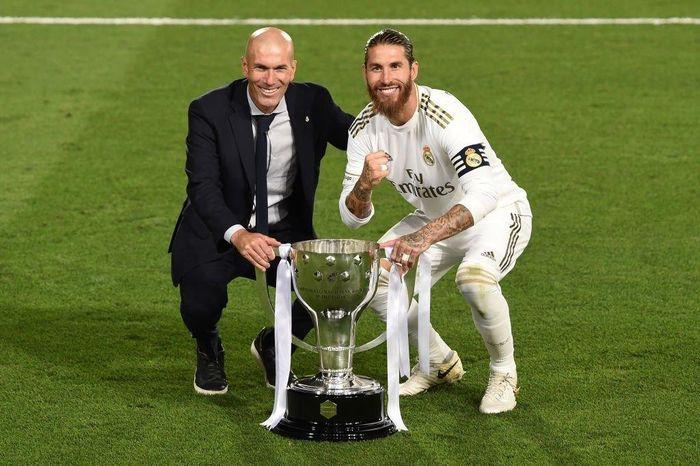 Vô địch La Liga, Zidane bất ngờ tuyên bố về tương lai 2