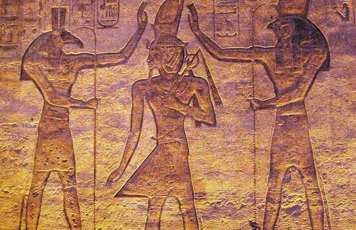 Bí mật khủng khiếp về vị thần nổi tiếng Ai Cập - ảnh 8.