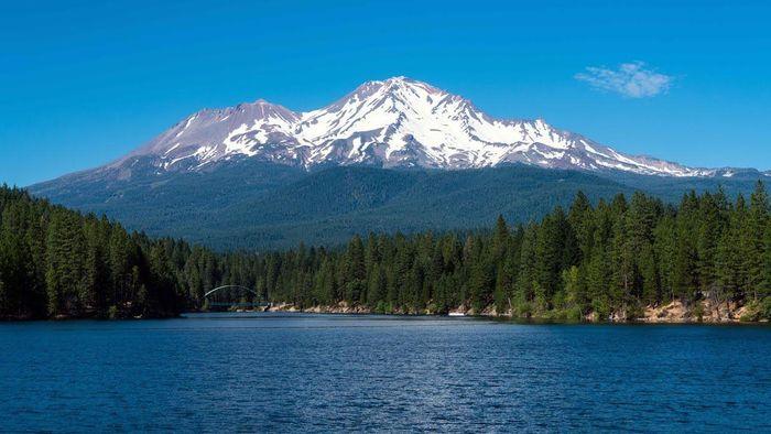 Người ngoài hành tinh gây ra chuyện kỳ bí ở ngọn núi của Mỹ? - ảnh 1.