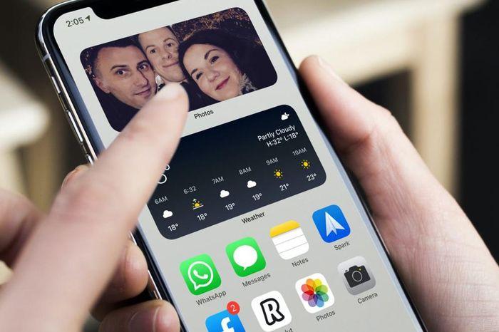 Cách gỡ một tấm ảnh nổi bật khỏi widget Photos trên iOS 14 và iPadOS 14