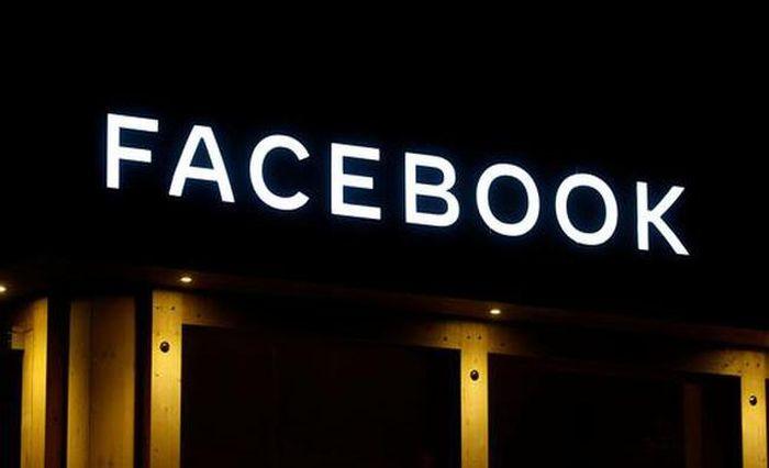 Facebook bị cáo buộc theo dõi người dùng trên Instagram