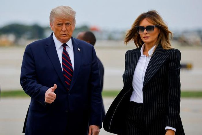 Tổng thống Trump và vợ mắc Covid-19 1