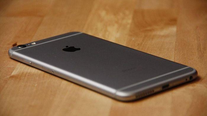 IPhone 12 sắp ra mắt, dạo chợ mua iPhone cũ thôi!