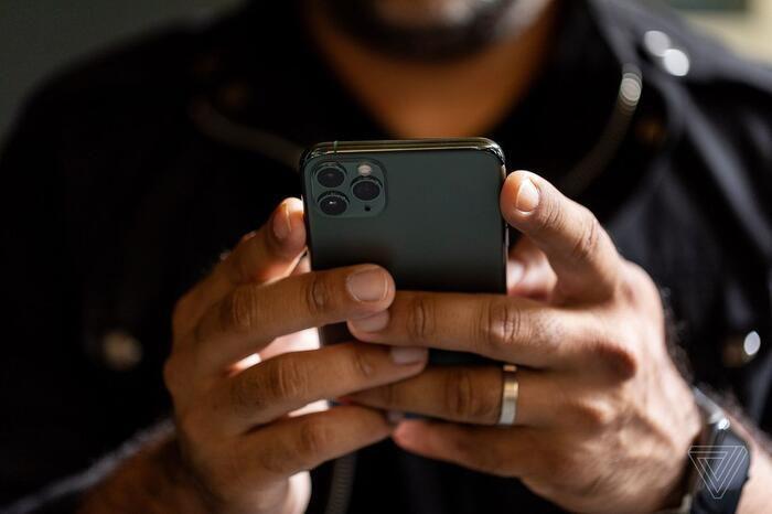 Vì sao những chiếc iPhone 12 ra mắt đêm nay thực sự đáng mong đợi?