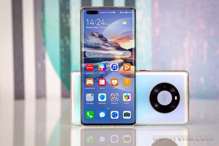 Huawei Mate 40 Pro: đắt gấp đôi iPhone 12, không dịch vụ Google