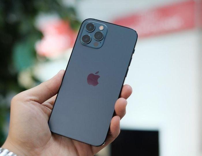 IPhone 12 Pro đầu tiên về Việt Nam, chất lượng thế nào?