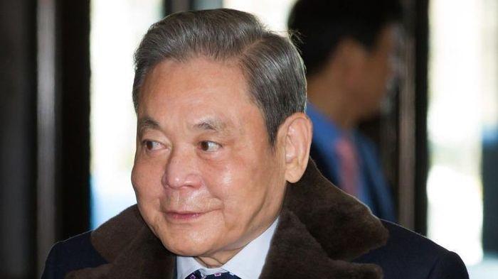 Người thừa kế của Samsung làm cách nào để trả khoản thuế hàng chục tỷ USD?