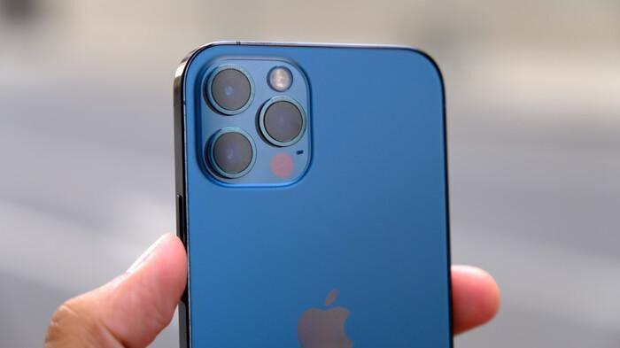 IPhone 12 khóa mạng giá rẻ bất ngờ xuất hiện tại Việt Nam