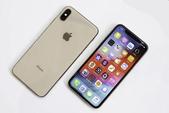 IPhone XS 64 GB giá chỉ còn 8,8 triệu đồng?
