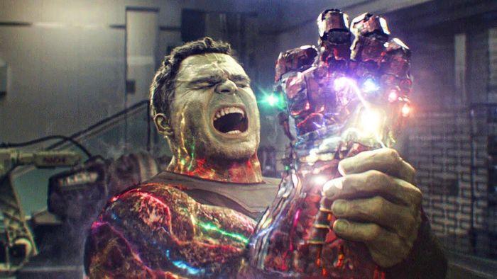 Iron Man sẽ không chết nếu những nhân vật này thực hiện cú búng tay