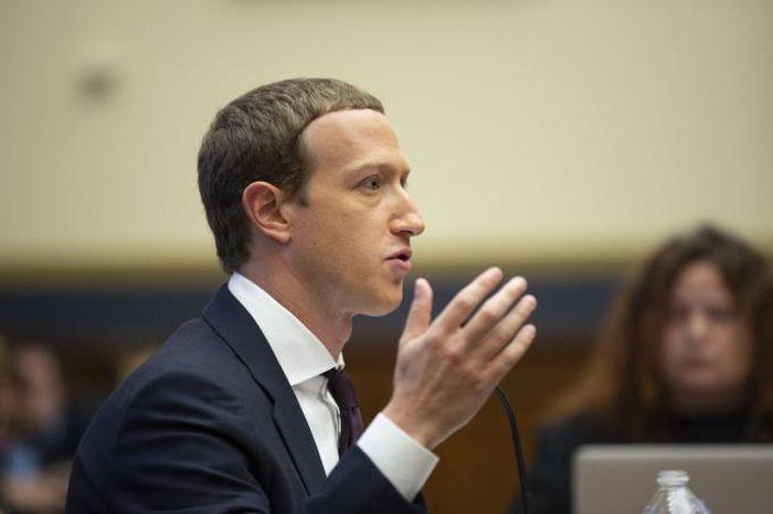 Facebook lo ngại tương lai bất ổn do thay đổi của Apple