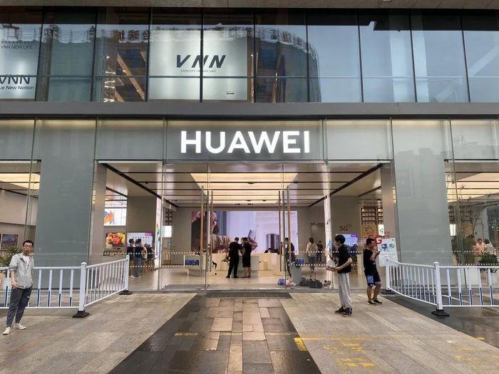 Huawei Mate 40 Series 'cháy hàng' trong 11 giây